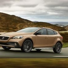 2013-Volvo-V40-R-Design-35
