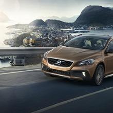 2013-Volvo-V40-R-Design-36