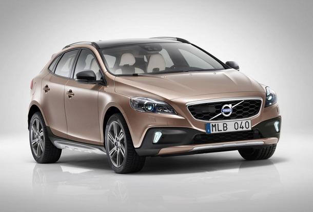 2013-Volvo-V40-R-Design-39