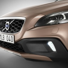 2013-Volvo-V40-R-Design-47