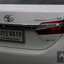 2014_Toyota_Corolla_Altis_CNG_03
