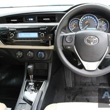 2014_Toyota_Corolla_Altis_CNG_04