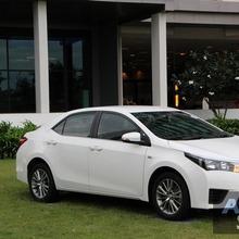 2014_Toyota_Corolla_Altis_CNG_16