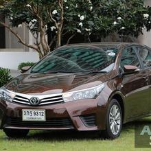 2014_Toyota_Corolla_Altis_CNG_21