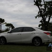 2014_Toyota_Corolla_Altis_CNG_31
