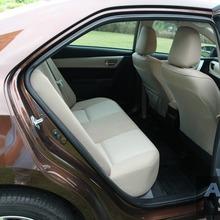 2014_Toyota_Corolla_Altis_CNG_35