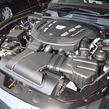 2014-Maserati-Ghibli-1st-Diesel-In-Thai_37