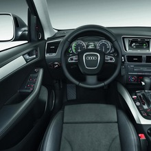 Audi-Q5-Hybrid-(12)
