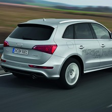 Audi-Q5-Hybrid-(5)