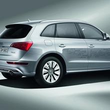 Audi-Q5-Hybrid-(7)