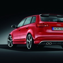 Audi-RS3-Sportback-7