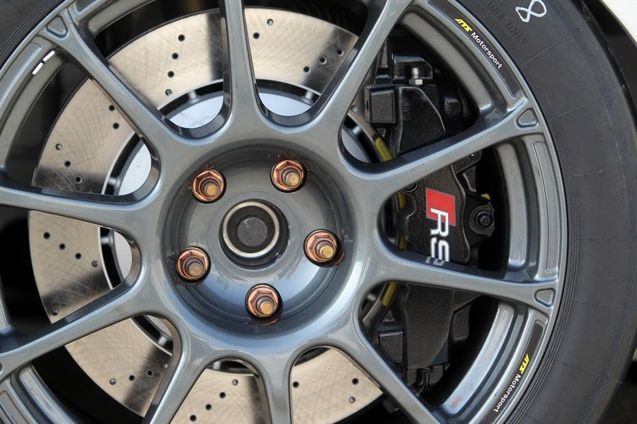 Audi-TT-GT4