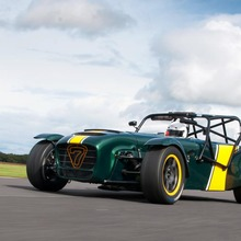 Caterham-Superlight-R600-01