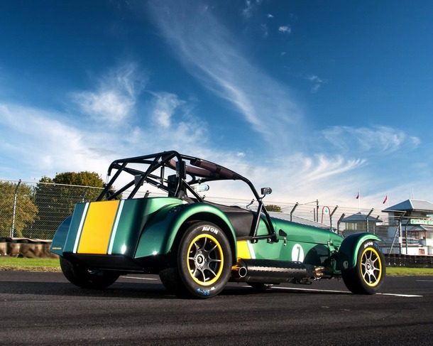 Caterham-Superlight-R600-02