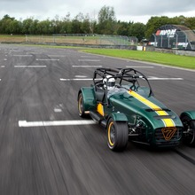 Caterham-Superlight-R600