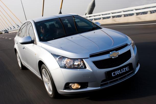 Chevrolet-Cruze-Thailand-01