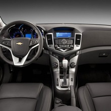 Chevrolet-Cruze-Thailand-13