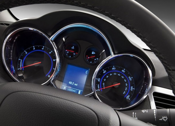 Chevrolet-Cruze-Thailand-15