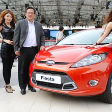 Ford-Fiesta-Grand-Opening-03