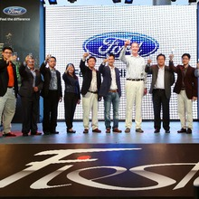 Ford-Fiesta-Grand-Opening-08