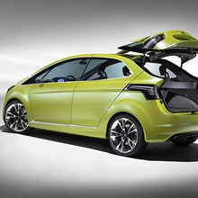 Ford-Iosis-Max-Concept-10