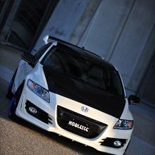 Honda-CR-Z-Noblesse-01
