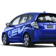 Honda-Fit-EV-Concept-07