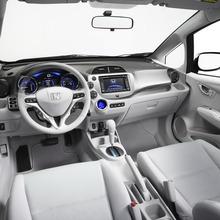 Honda-Fit-EV-Concept-08