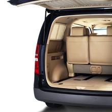 Hyundai-Grand-Starex-VIP-02