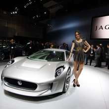 Jaguar-C-X75-14