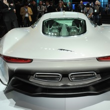 Jaguar-C-X75-6