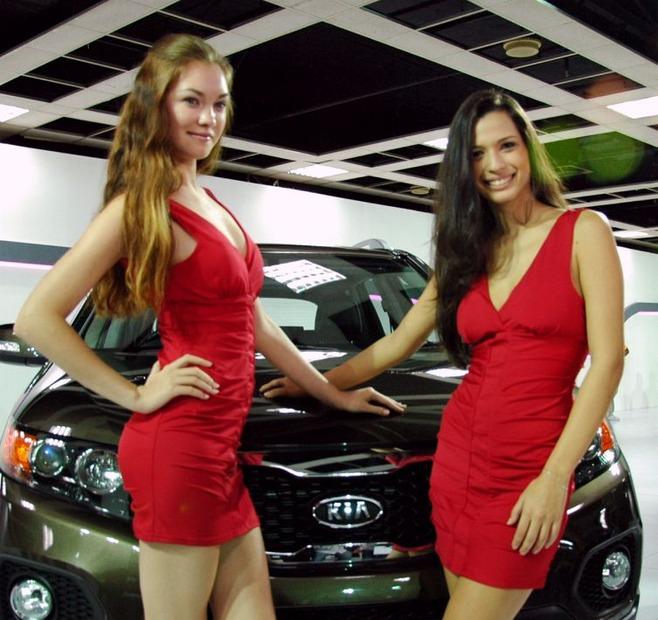 KL-Motor-Show-Girls