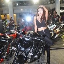 Kawasaki-Z800-Motoaholic_08