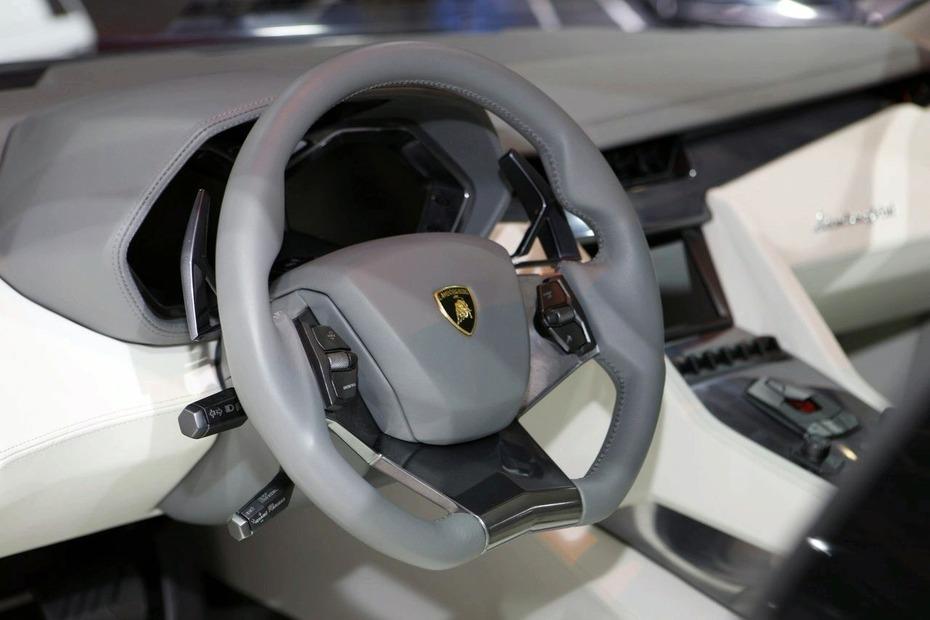 Lamborghini-Estoque-Concept-2