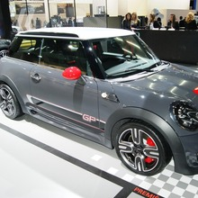 MINI-John-Cooper-Works-GP-II-Live