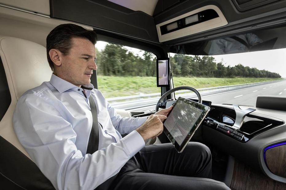 Mercedes-Benz-Future-Truck-2025-full-gallery