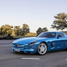 Mercedes-Benz-SLS-Electric-Drive-03