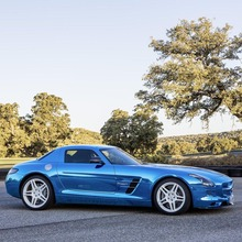 Mercedes-Benz-SLS-Electric-Drive-04