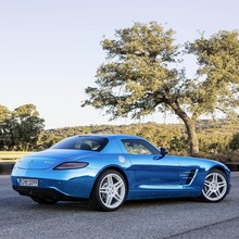 Mercedes-Benz-SLS-Electric-Drive-05