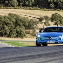 Mercedes-Benz-SLS-Electric-Drive-08