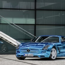 Mercedes-Benz-SLS-Electric-Drive-19