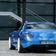 Mercedes-Benz-SLS-Electric-Drive-22