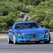 Mercedes-Benz-SLS-Electric-Drive-28