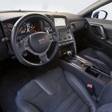 Nissan NISMO GT-R RC  15
