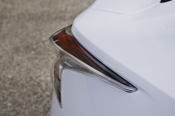 Nissan-Ellure-27