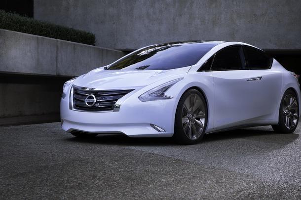 Nissan-Ellure-45