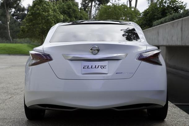 Nissan-Ellure-48