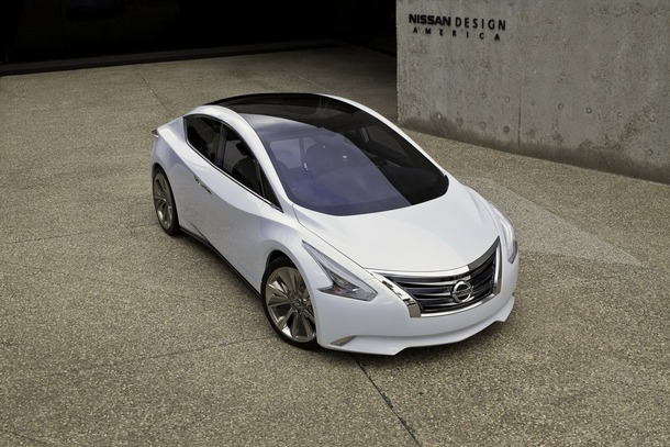 Nissan-Ellure-5