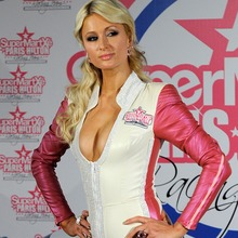 Paris-Hilton-125GP-03
