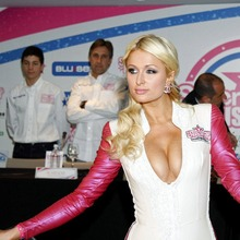 Paris-Hilton-125GP-13